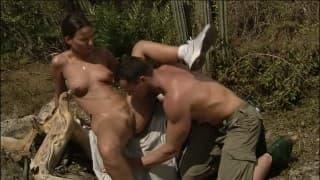 Couple d'amateur s'offre séance de sexe en plein air!