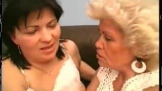 Une grand-mère bien poilue