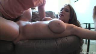 Une vidéo amateur avec Alanah Rae !