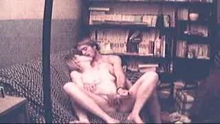 Une amatrice bien baisée devant la caméra de son petit copain