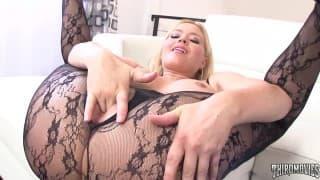 Le porno bestiale Krissy Lynn adore ça !