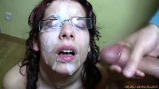 Zenda adore les bukkakes