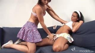 Carmen Leatitian et sa copine lesbienne