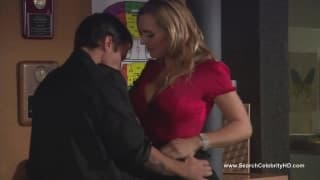 Tanya Tate baise avec son jeune employé