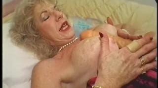 Diane Richards une vieille très gourmande