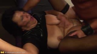 porno grand mere escort bayeux