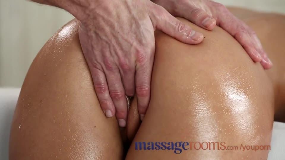 Sexe massage. takigawa Gros seins ange promenades bite avec plaisir.