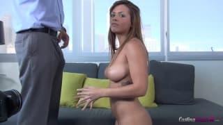 Keisha Grey a des seins incroyables
