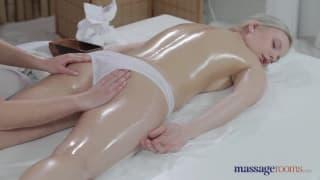 Excellent porno pour femme avec deux gouines