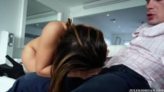 Keisha Grey s'accroche à la bite Manuel Ferrara
