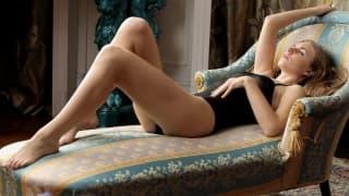 La sublime Irina se masturbe tranquillement