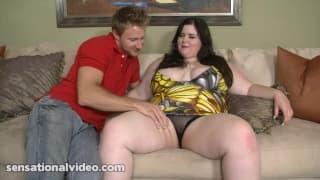 Holly Jayde une bbw qui aime les gros pénis !