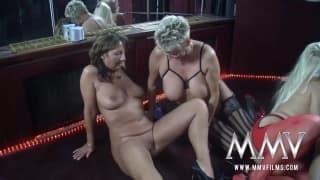 Brunette chaude dans un casting porno  mvideopornoxxx