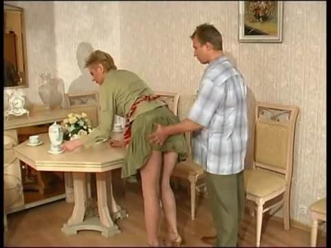 Mamie salope initie son petit fils la baise sex mature