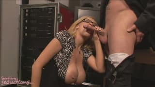Katie Kox avale le sperme de Jack Vegas