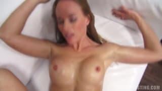 Lucie passe un casting porno