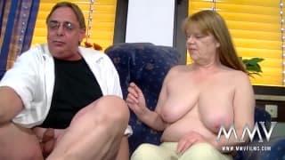 Petra Wegat baise avec un couple de pervers