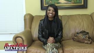 Cynthia jeune black qui aime le sexe !