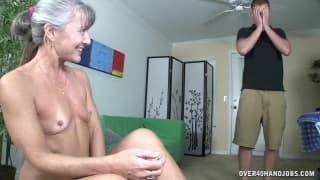 Une vieille dame passe chez le gynecologue by clessemperor