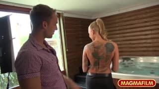 Kayla Green une belle pornstar qui aime la bite