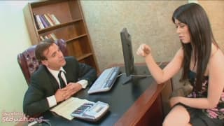 Ashlyn Rae une belle secrétaire pour Claudio