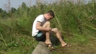 Minets gays de 18 ans baisent l'extrieur - Jeune-Gay
