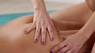 Abigail Mac et la sexy Celeste Star en vidéo !