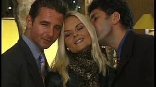 Katja Kean encaisse deux bites devant son mari