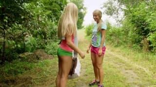 Cayla Lyons dehors avec Whitney Conroy !