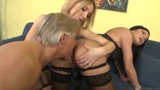 Abbie Cat et Nathalie Von adorent les pénis