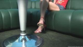 Striptease ultra hot avec Ivana Fukalot