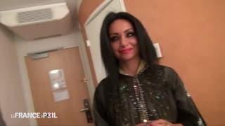 Une Égyptienne prise dans une chambre d'hôtel !