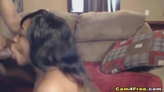 Une baise intense d'un couple de black amateurs