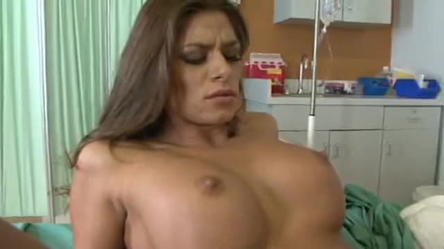 Piper Perabo lesbienne sexe scène