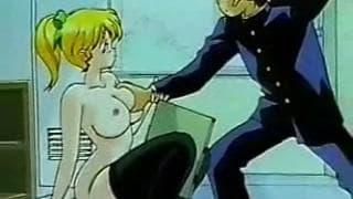 A l'école du cirque, blonde à gros seins