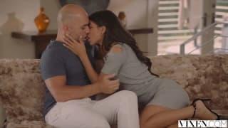 Veronica Rodriguez va se taper le beau-père !