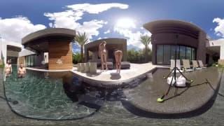 Vidéo VR avec deux pornstars séduisantes !