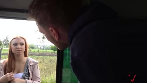 sexe camping car il baise une etudiante