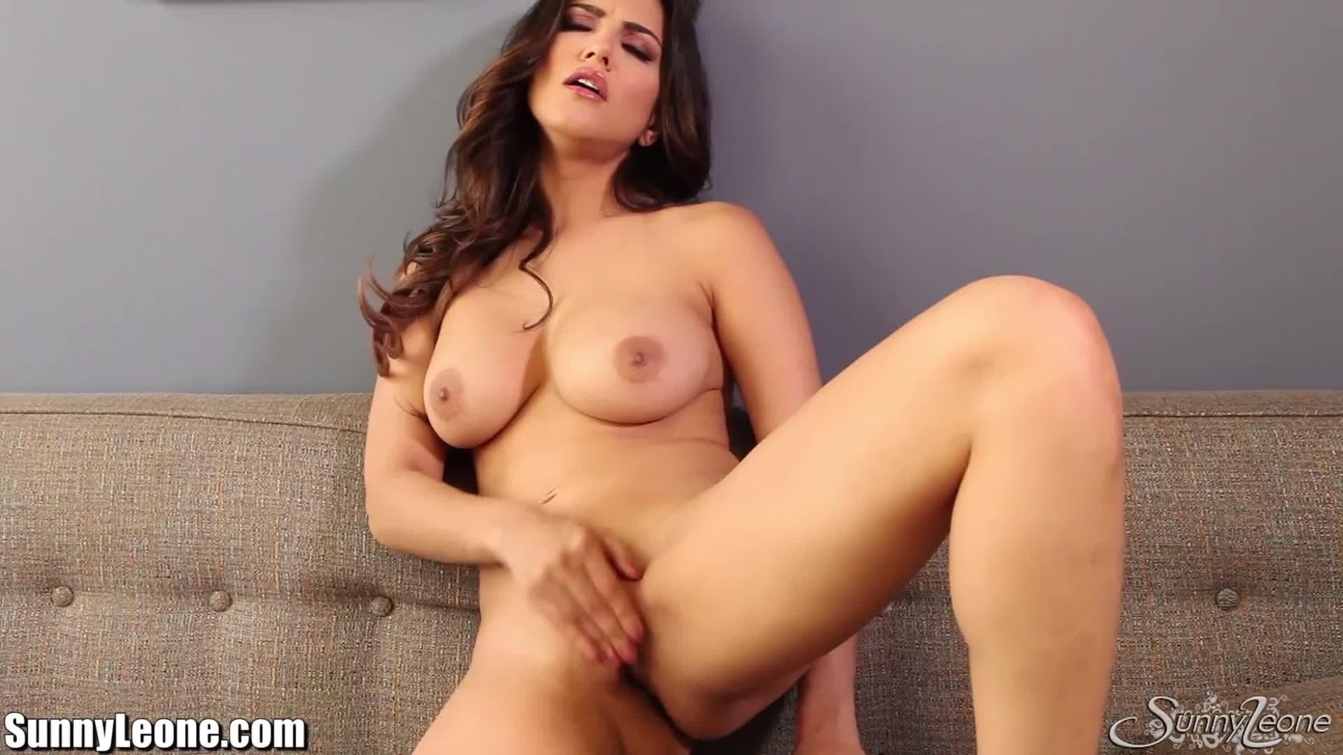 Teen Webcam Strip Masturbation