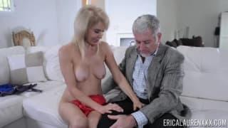 Erica Lauren se touche avant de se le taper