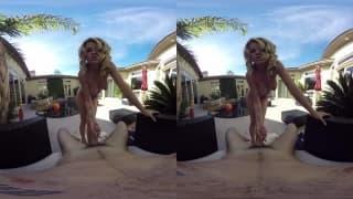Vidéo VR pour la plantureuse Jessa Rhodes !