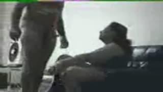 Vidéo cochonne d'un couple mature à voir !