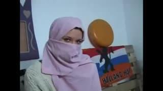 La jeune Rubi se la joue a la tunisienne