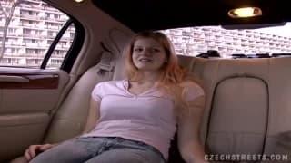 Viens dans ma limousine et moi dans ta chatte