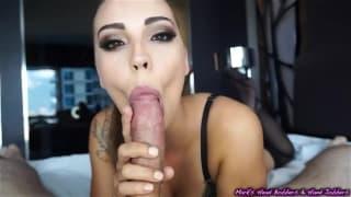 Sasha foxxx suce magnifiquement bien !