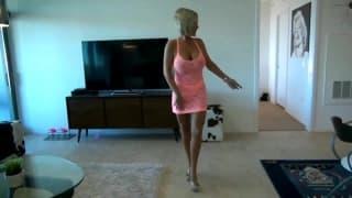 une professionnelle de lanulingus en show webcam