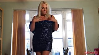 Francesca Kitten qui se masturbe avec plaisir..