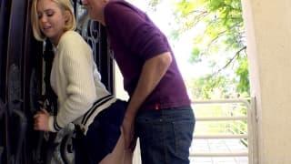 Jules jordan baise une jolie blonde