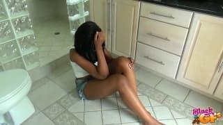Une teen black qui as besoin de réconfort