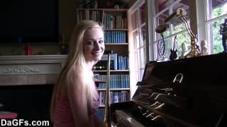 Une lesson de piano qui va virer mal !